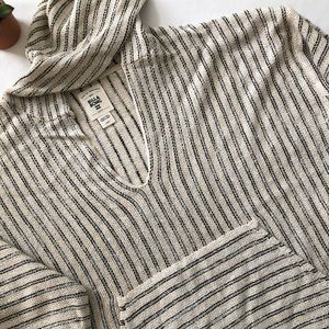 Billabong striped hoodie pullover.